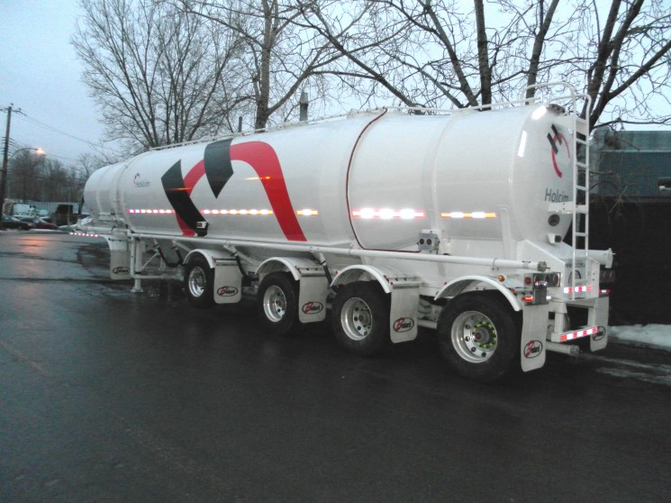 Dry-Bulk – 1620 cu.ft. – Bullet – 4-axles (07)